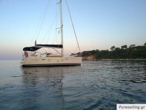 Oceanis 343 for charter from Skiathos