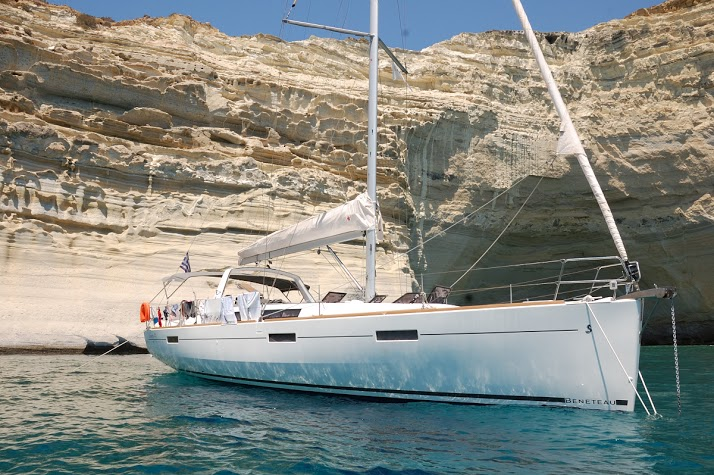 Yachting in Greece - charter holidays around cyclades